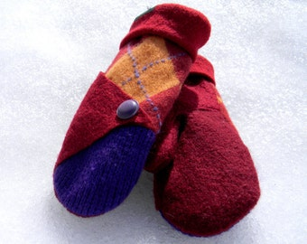 Ultra Warm Mittens with button