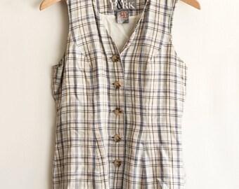 SALE : Cottage Gal | Vintage sleeveless plaid shirt