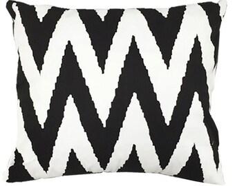 Black & White Chevron Accent Pillow  Slip Cover