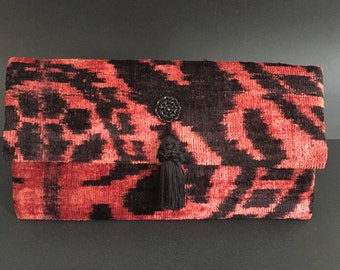 ikat velvet bag/bag/ikat bag/handbag/ ikat purse/ikat handbag/ethnic fabric bag/silk velvet bag/uzbek fabric bag/bag with tassel/ikat purse