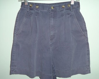 Brooks Brothers 90s grunge preppy high waist pleated mom shorts// Vintage soft faded geek hipster// Women's size 8 US medium