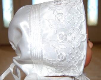 Baby Bonnet, Lace Baby Bonnet, Eyelet baby bonnet, Christening Bonnet, Baptism Baby Bonnet, Baby hat, Newborn Bonnet, Lace Bonnet
