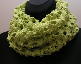 croched scarf-snood for woman