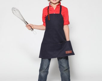 Max the hungry apron for child