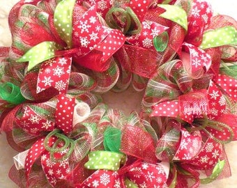 Christmas Wreath,Christmas wreaths, Christmas decor, red and green christmas, mesh christmas wreath, snowflake wreath