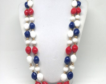 Alluring Patriotic Lucite Double Strand Gold Tone Vintage Estate Necklace
