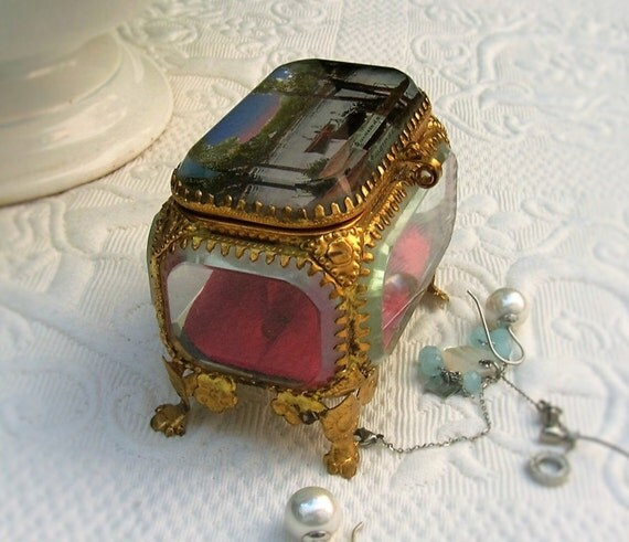 bo te bijoux en verre ancienne coffret bijoux en verre. Black Bedroom Furniture Sets. Home Design Ideas
