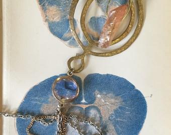 Anatólia Cyclical Quartz Tassel Necklace with Vintage Glass Pendant
