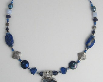Blue-Agate-and-Lapis-Necklace-neckl314