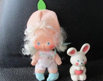 Apricot Doll  Hopsalot Vintage Strawberry Shortcake 1980's