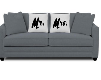 Mr. and Mrs. Pillows - Wedding Gift Pillow - Pillows for couple -Set of 2 Pillows - Married Couple gift - Bride and Groom Pillows