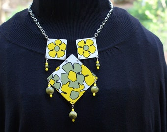 Vintage tin necklace- Matching bracelet-earrings-Olive green-yellow-OOAK