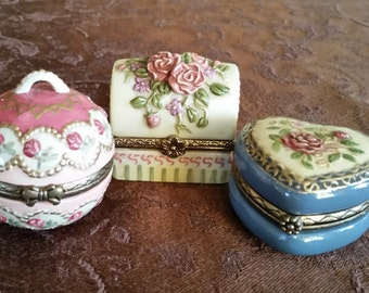 Lot 3 Trinket Boxes with Rose and Gold Theme, Hinged