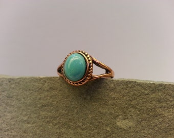 Vintage Copper and Turquoise Ring - Size 6 1/2