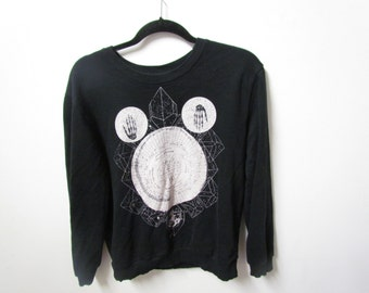 Women's Medium Black Astrological Skeleton Sweater