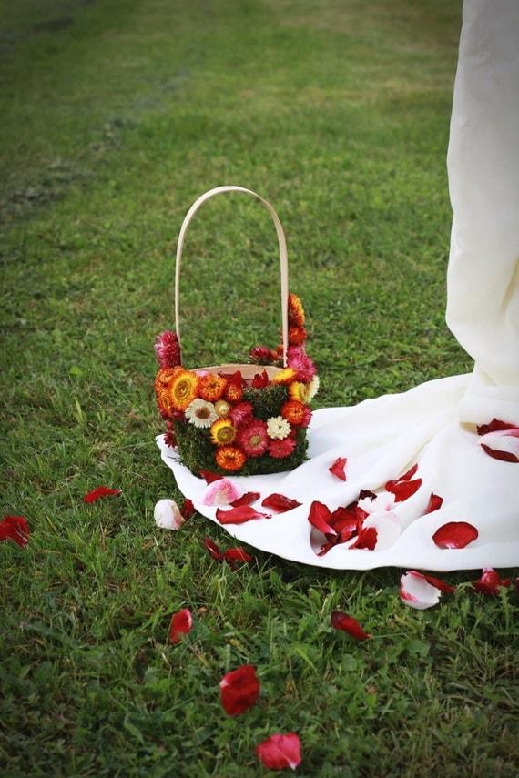 Flowergirl dried flower basket