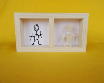 Figurine in spruce wood, child's drawing, frame wood