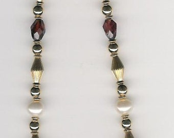 """N02008-Necklace-Orissa Garnet (D), Fresh Water Pearl """"A"""", Gold Fill beads and clasp, 21.5 inches."""