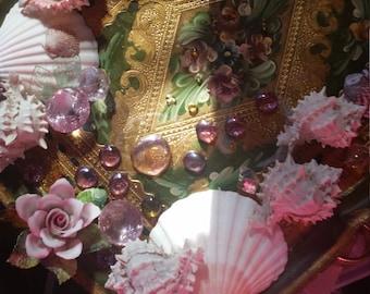 Seashell//home decor//Seashell wall hanging//jewel//Roses//tray