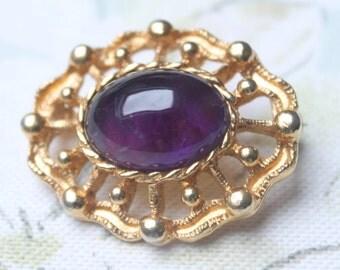 Purple Vintage Brooch, Vintage Pin, Amethyst Cabochon Brooch