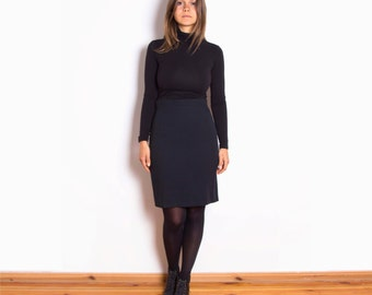 Vintage 80s, Black, Minimal, High Waisted, Smart, Mini Pencil Skirt // Size UK 8