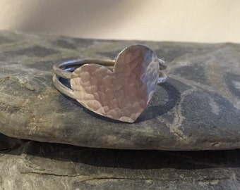Sterling Silver Heart Ring, Silver Ring with a Heart, Textured Ring, Modern Ring, Wire Wrap Ring, Handmade Ring, Love Ring, Unique Ring