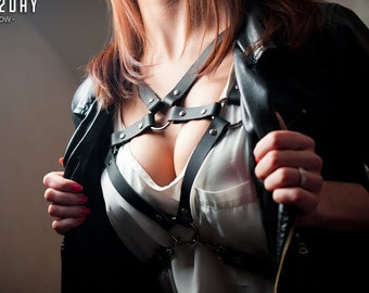 Fashion womens leather harness belt