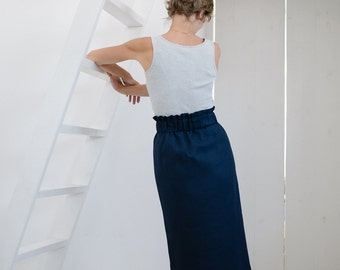 Linen pencil skirt with elastic waist in dark blue
