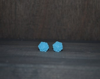Light Blue Chrysanthemum Earrings
