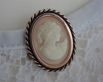 Faux Cameo Scarf Clip - Vintage Oval Scarf Clip - Faux Carved Shell Cameo Scarf Clip - Lady In Profile Scarf Clip