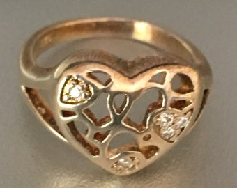 Gold Metal Heart ring- Size 7