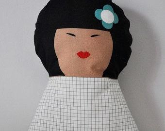 Doudou coussin - Yoko - poupée oreiller