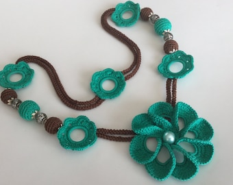 "Crochet necklace ""Elena"", Lariat Crochet Necklace, Beaded necklace Emerald/Brown"
