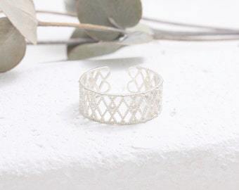 Sterling Silver Delicate Filigree Rhombus Lace Ring