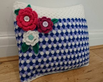 Crochet Flower Button Pillow (White/Purple/Blue)