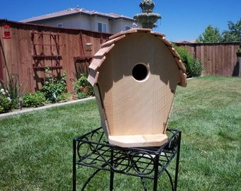 handcrafted cedar birdhouse  #113 FREE SHIPPING