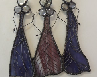 Stained glass ladies with wire