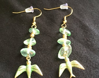 Green gold birds