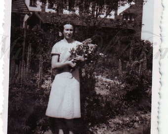 Vintage Photo - Young Woman photo  - Woman with flower bouquet - Vintage Snapshot - Polish Photo - Polish farm - Flower photo - Country