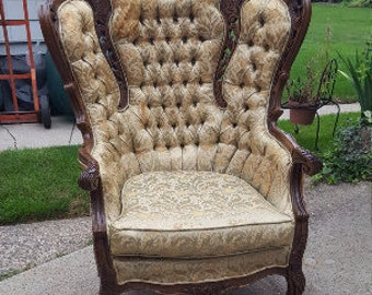 Antique Victorian Carved Armchair! Stunning Vintage French Bergere Velvet Chair - Ready for Customization and Upholstery!