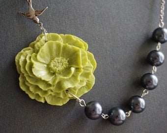 Statement Necklace,Beaded Necklace,Chartreuse Flower Necklace,Chartreuse Necklace,Grey Necklace,Pearl Necklace,Bridesmaid Jewelry Set,Gift