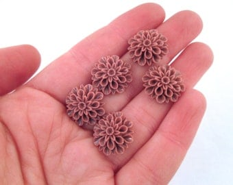 low proflile 15mm mum flower cabochons (MAUVE)