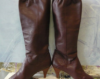 70s Vintage Leather Slouch Boots size  7 M Eu 37 .5 UK 4 .5  CORELLI Pirate Low Heels Wide Leg Maroon Wine
