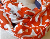 Cut pattern Scarf, Orange and Blue