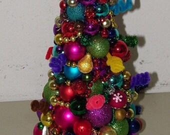 Vintage Multi Color Ornament Tabletop Christmas Tree Xmas 17048