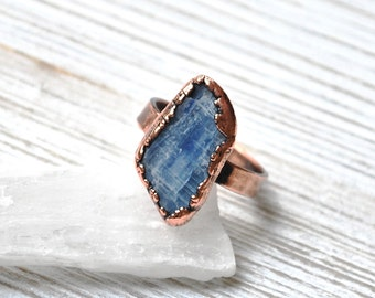 Raw Kyanite Statement Ring, Healing Crystal Ring, Blue Kyanite Copper Ring, Electroformed Kyanite Jewelry