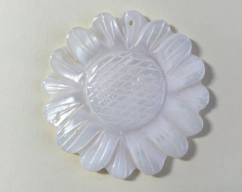MOTHER OF PEARL - Carved Sunflower - White