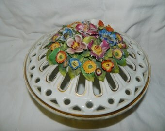 German Fine Porcelain Trinket Bowl with Lid Floral Figure Flowers, Made in Germany Flower Bouquet Pink Yellow Roses China Cabinet Decor