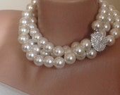 Wedding Pearl Necklace,Ivory Bridal Pearl Jewelry,Rhinestone Brooch Necklace,Brides Pearl Necklace,Chunky Bridal Necklace,Bold Pearl Necklac