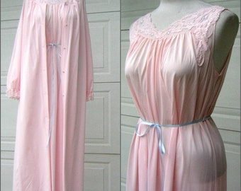 Vintage Peignoir Set Night Gown & Robe Pale Pink SHADOWLINE Size Medium Silky Nylon Made in USA